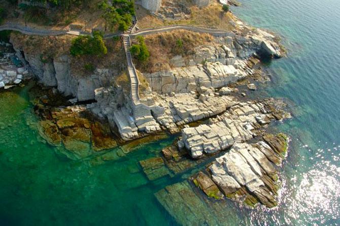Βραχάκια της Παναγίας, Παραλίες, wondergreece.gr