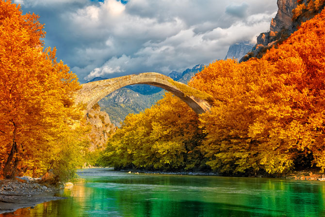 Stone bridge Aoos or Konitsa, Monuments & sights, wondergreece.gr