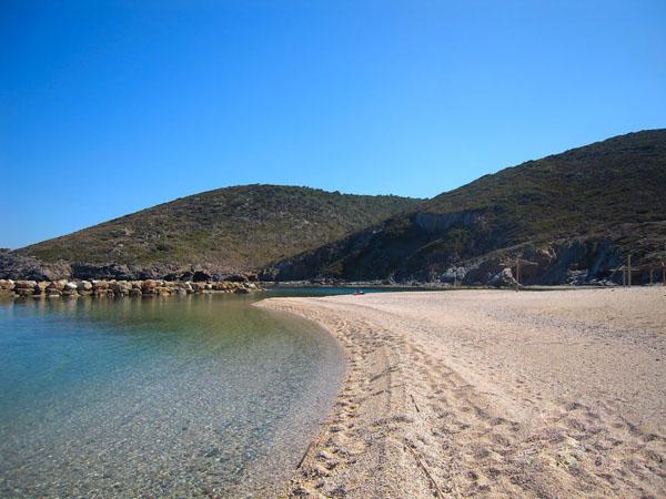 Zarakes, Beaches, wondergreece.gr