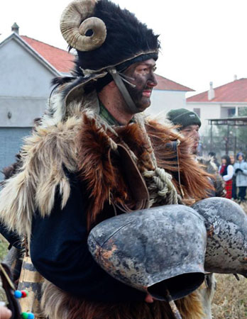 The custom of Arapides, Traditional events & Festivals , wondergreece.gr