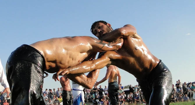 Traditional wrestling, Traditional events & Festivals , wondergreece.gr