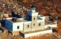Lighthouse at Zourva, Hydra, wondergreece.gr