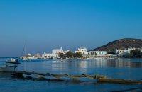 Πολλώνια, Μήλος, wondergreece.gr