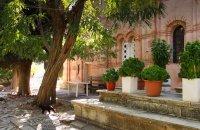 Nea Moni, Chios, wondergreece.gr