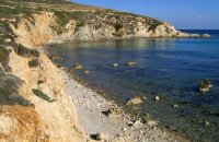 Santorinii, Syros, wondergreece.gr