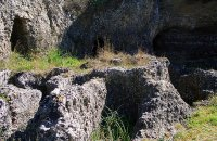 Mycenaean tombs at Mazarakata - Lakithra & Vaulted Tomb at Tzannata, Kefalonia, wondergreece.gr