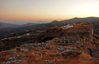 Castle Faneromenis (Upper Castle), Andros, wondergreece.gr